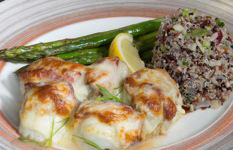 stuffed scallops with asparagus and quinoa mixture
